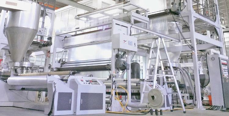 Planta de fabricación de bolsas plásticas que utiliza carbonato de calcio