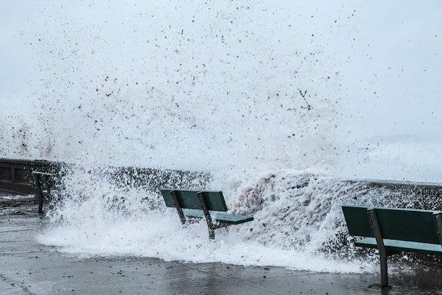 Advierten de marejadas con olas de hasta cinco metros en gran parte del país