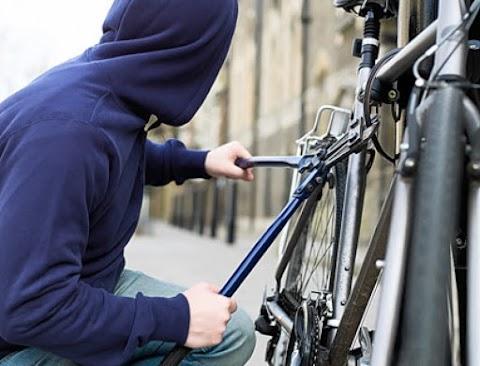 Bevallotta tettét a csongrádi biciklitolvaj