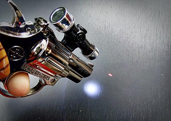 Korek Api Gas Unik Bentuk Model Pistol Scope Senter Laser ...