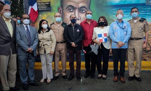 Ayuntamiento de Santo Domingo Este inaugura mural en honor a Luperón y Urbano Gilbert