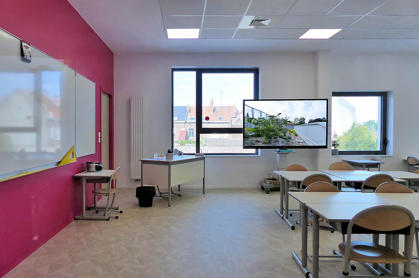 École de Gaulle, Tourcoing - Salle de classe