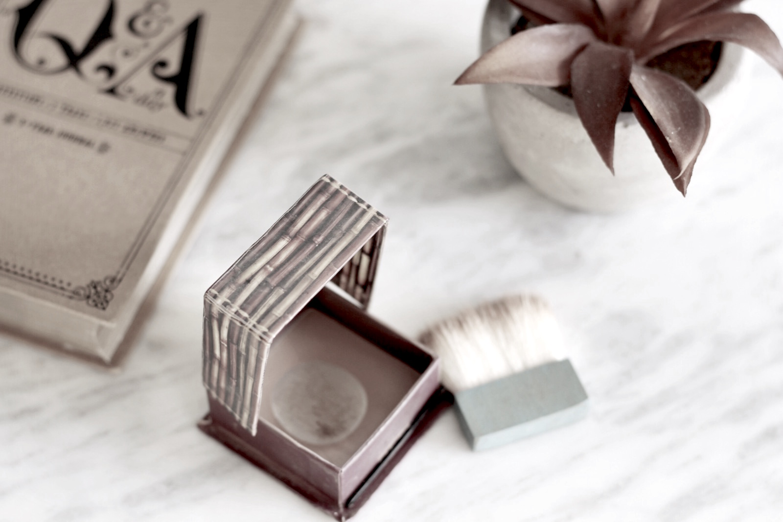 Bronzer: Hoola by Benefit