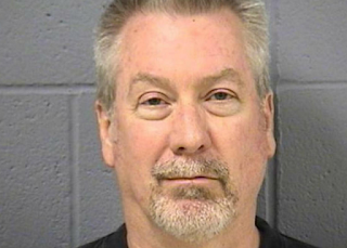 Drew Peterson in jail.