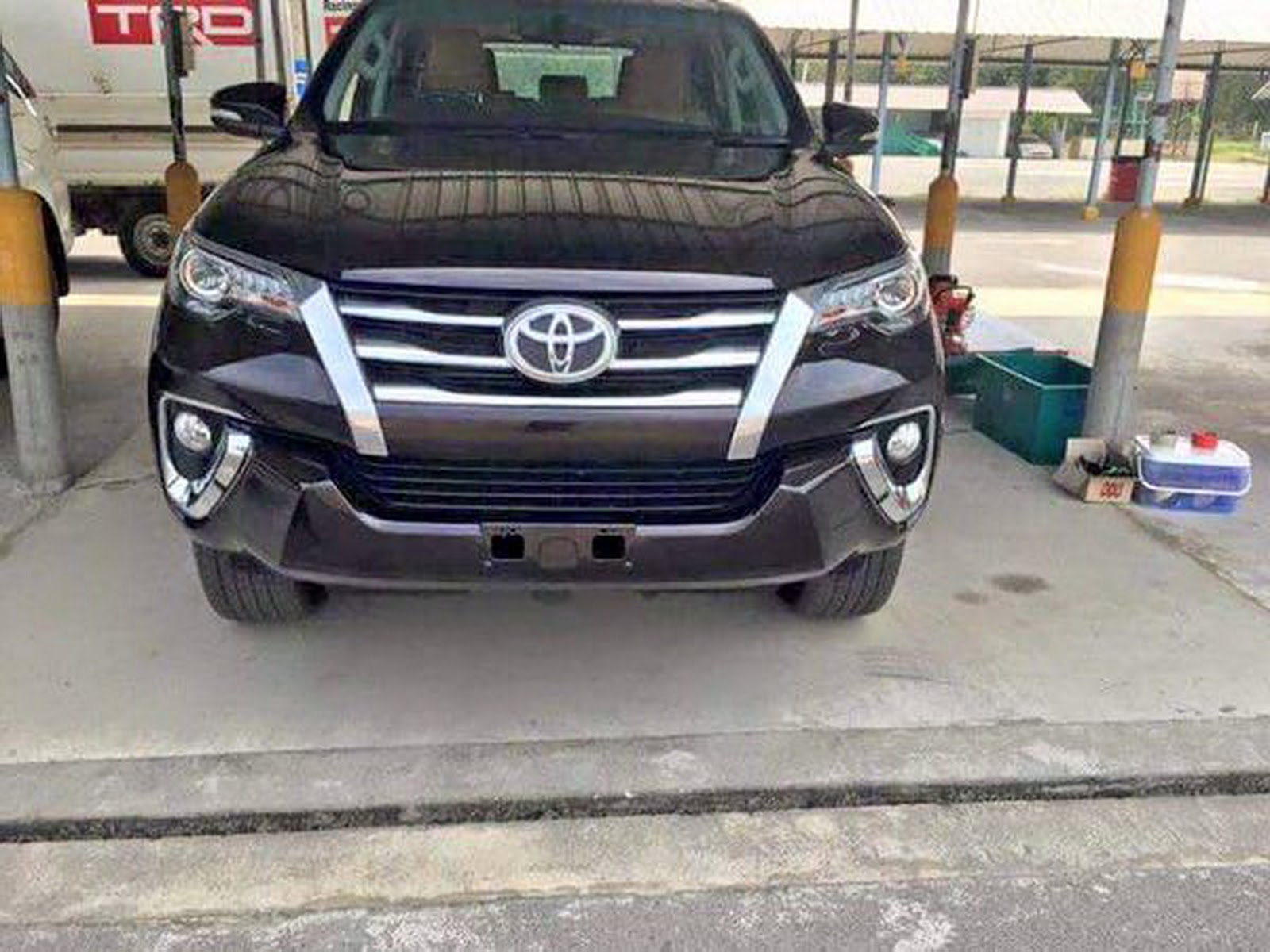 2016 Toyota Fortuner SUV