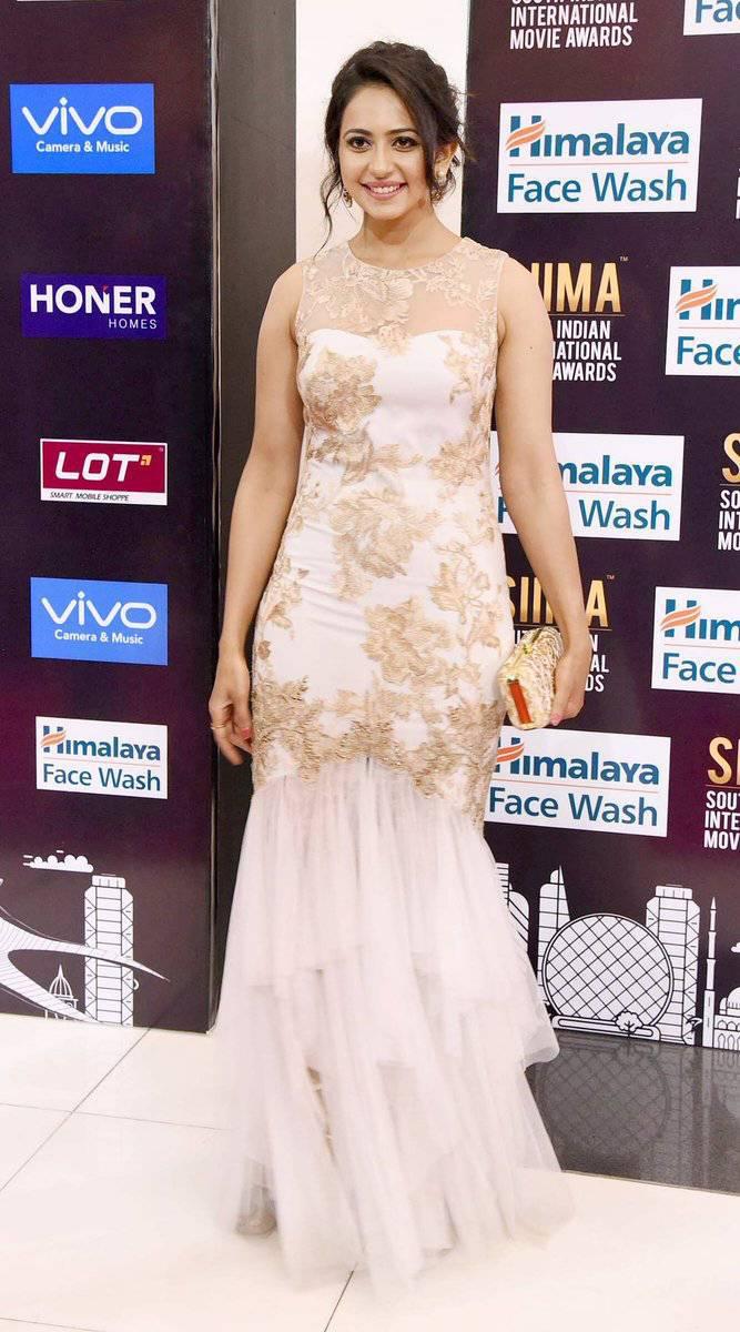 Actress Rakul Preet Singh Photos At SIIMA Awards 2017 In White Gown