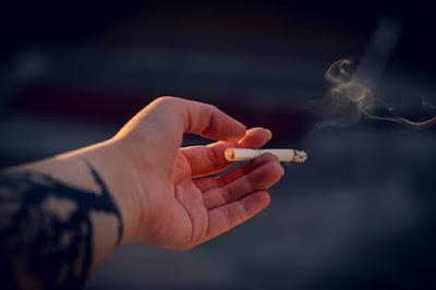 تجنب التدخين للوقاية من القدم السكري
