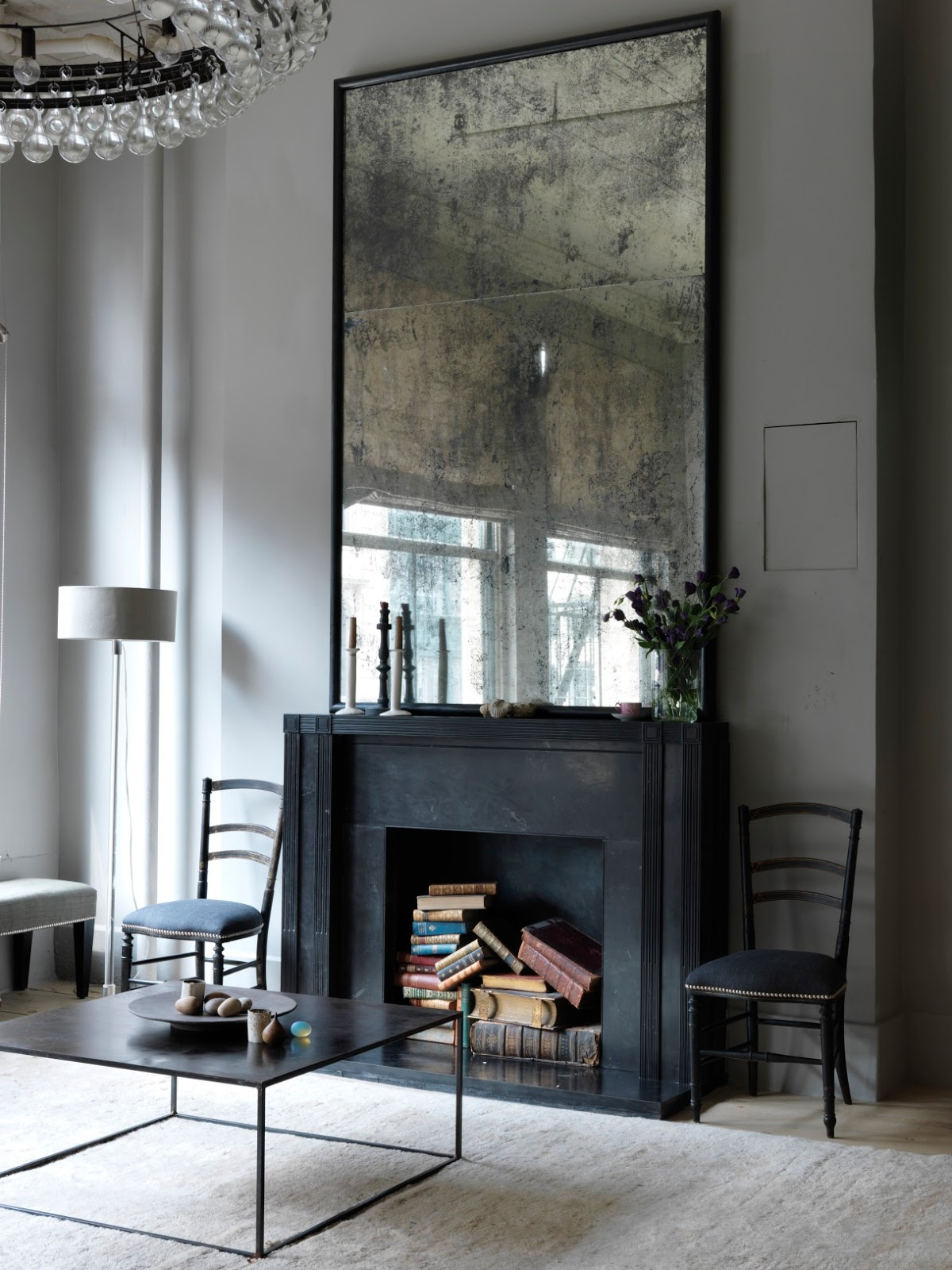 Amazing Modern Interior Design Mirrors for Your Living Room