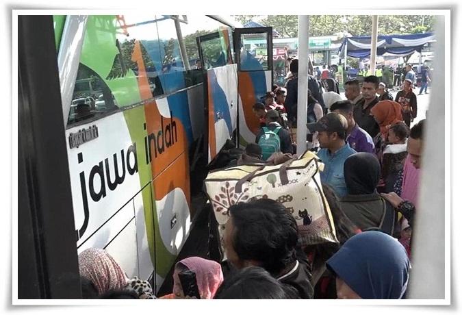 Tips Nyaman Agar Mudik Lebaran dengan Bus Aman Sampai Tujuan