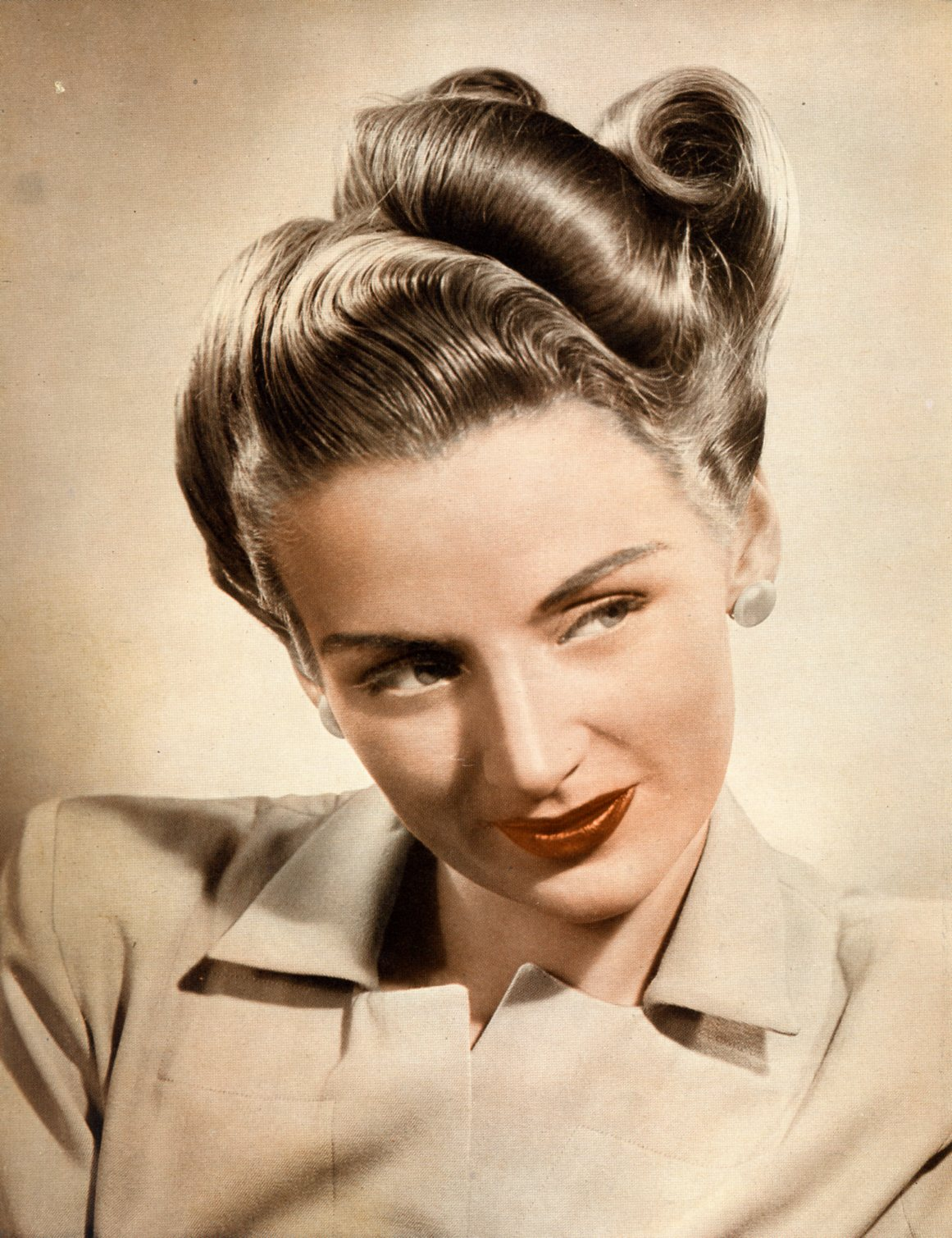 victory roll hair style emily s vintage visions great hair fridays victory rolls 6390