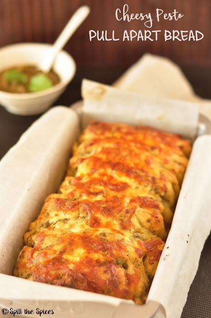 Cheesy Pesto Pull Apart Bread