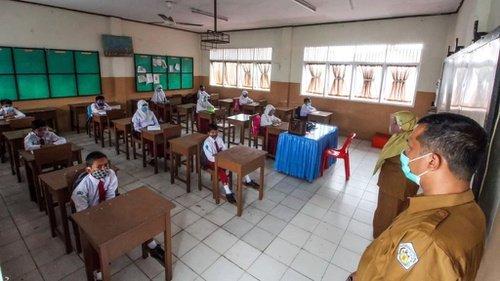 Jokowi : Pembelajaran Tatap Muka di Sekolah Hanya 2 Hari Dalam Sepekan dan 2 Jam Pembelajaran Saja