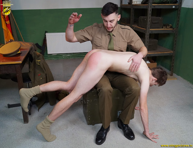 gay-army-spank-and-sexy-black