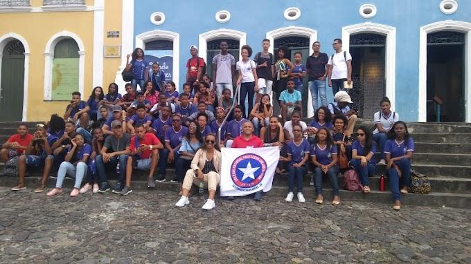 Estudantes do CEPES participam de aula de campo em Salvador