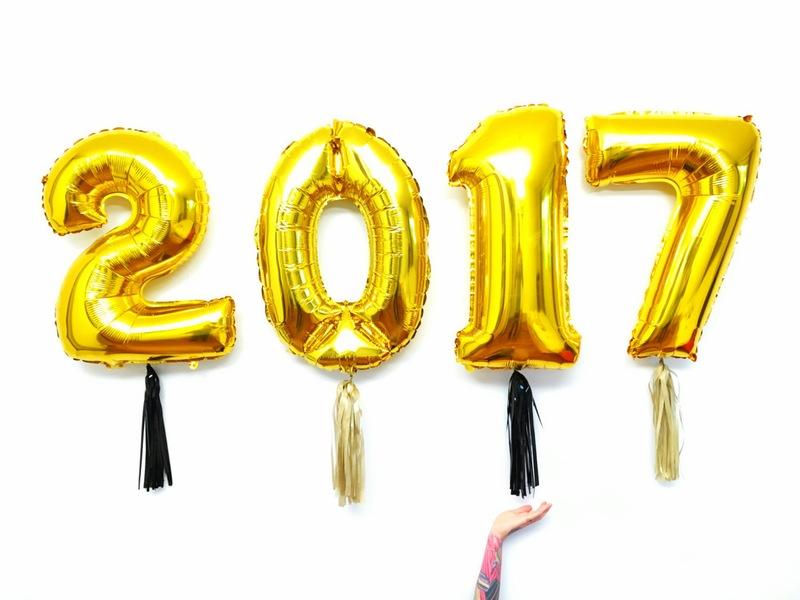Federica vera use e abuse do dourado for Confetti dipped balloons