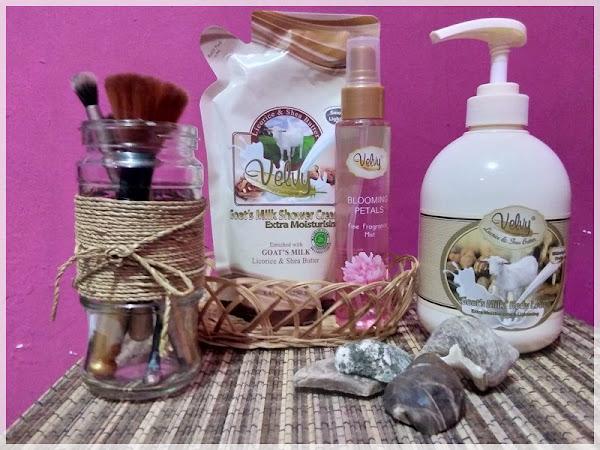 Hidupmu Boleh Semrawut, Namun Jangan Dengan Quality Timemu: Velvy Goats Milk Body Lotion and Shower Cream Review