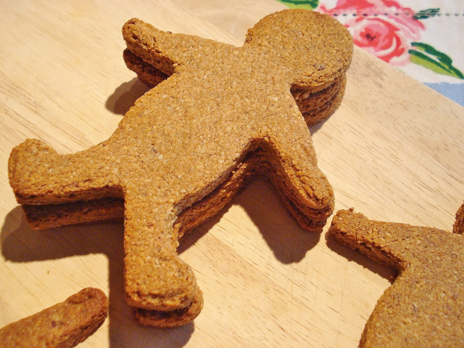 Grain Free Gingerbread Men GF SCD | Gluten Free SCD and Veggie
