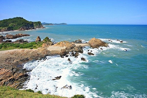 To Quang Ninh, do not miss Quan Lan's appointment with the sand like a pink silk strip
