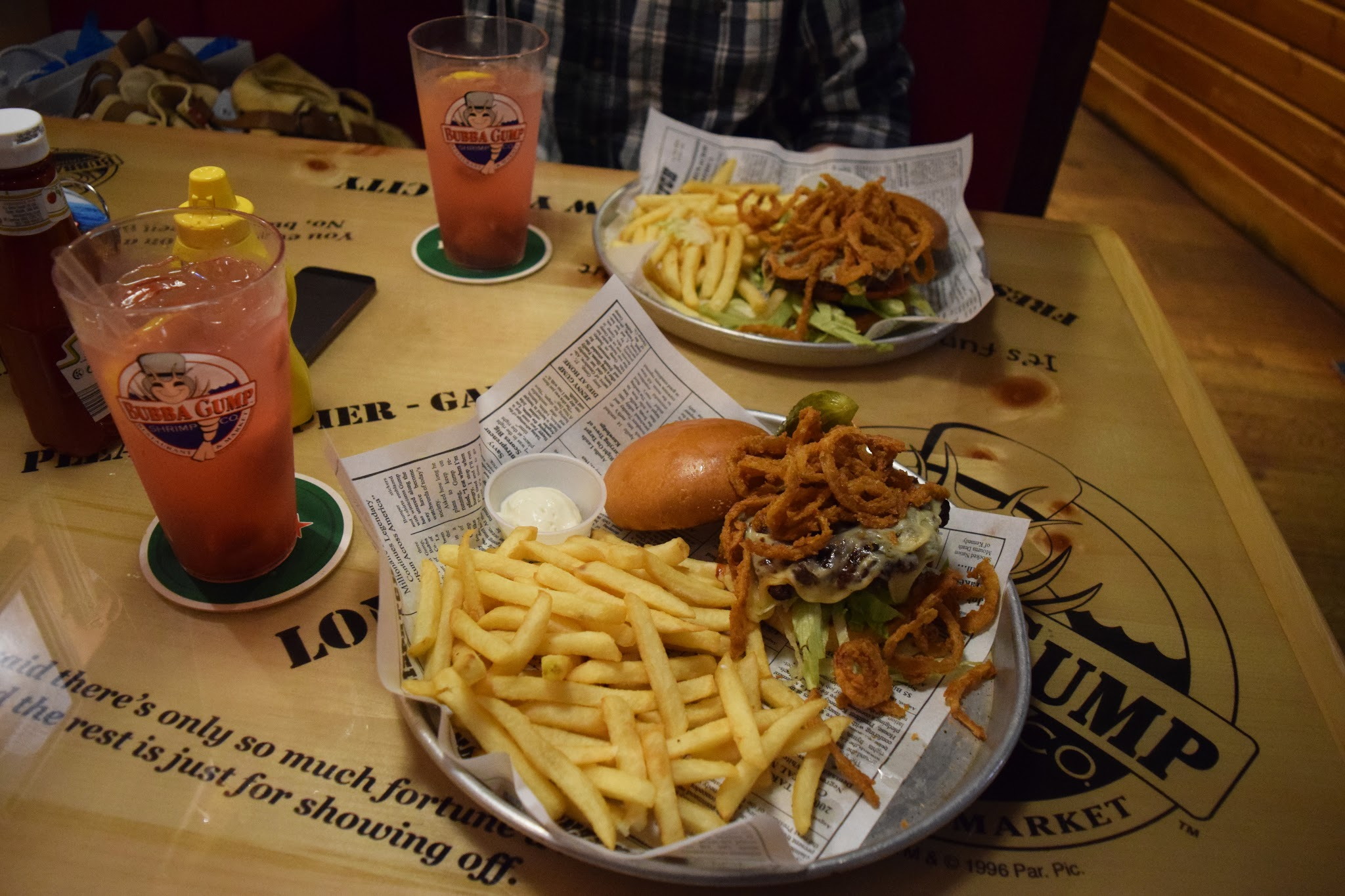 Our meals and drinks at Bubba Gump Shrimp co
