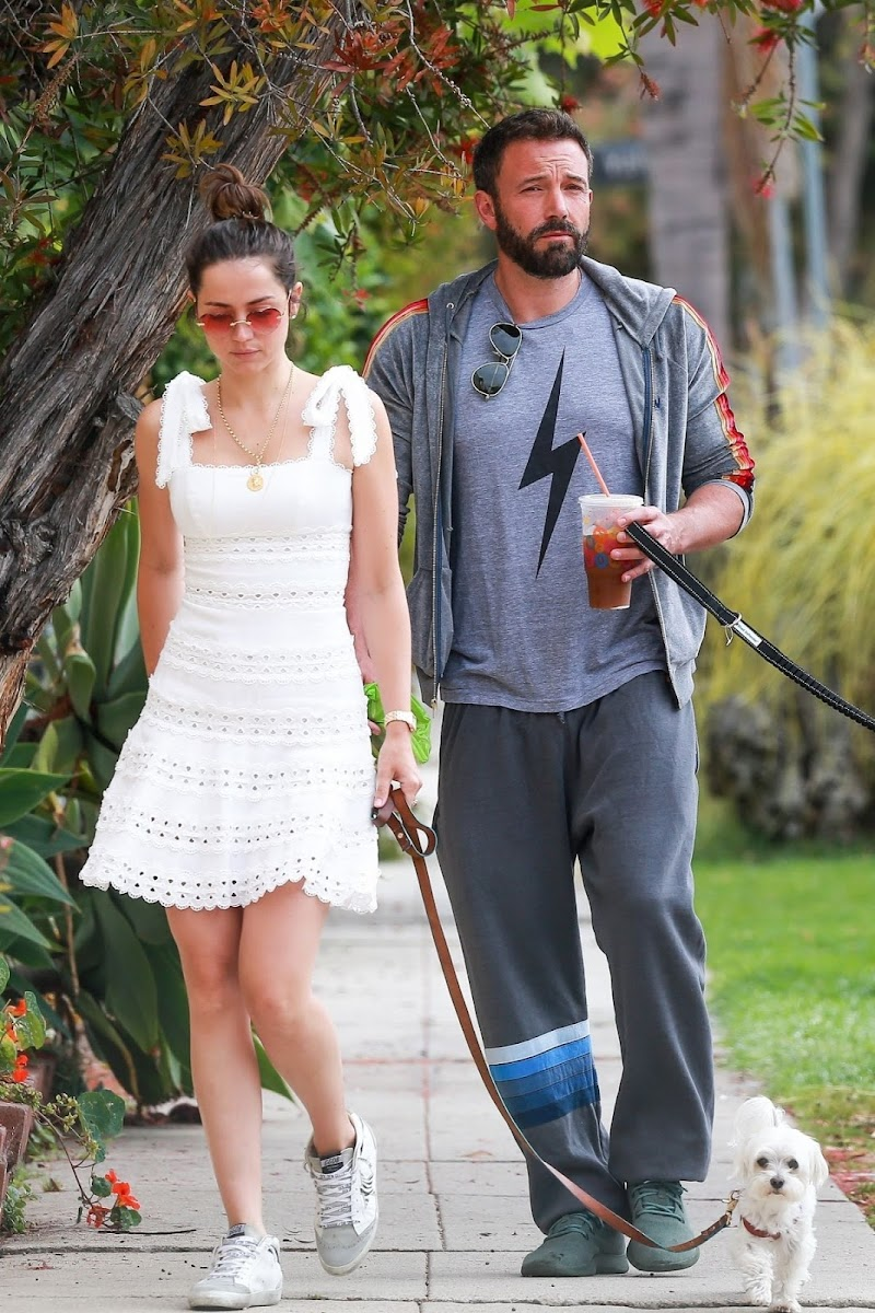 Ana de Armas and Ben Affleck Out with Their Dog in Los Angeles 25 May -2020