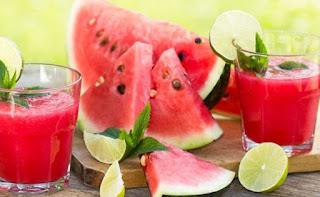 तरबूज खाने के नुक़सान, इस बीमारी में ना खाएं तरबूज, रात के समय तरबूज खाना, तरबूज खाने से हानि, watermelon may be harmful, tarbooj khane ka sahi samay