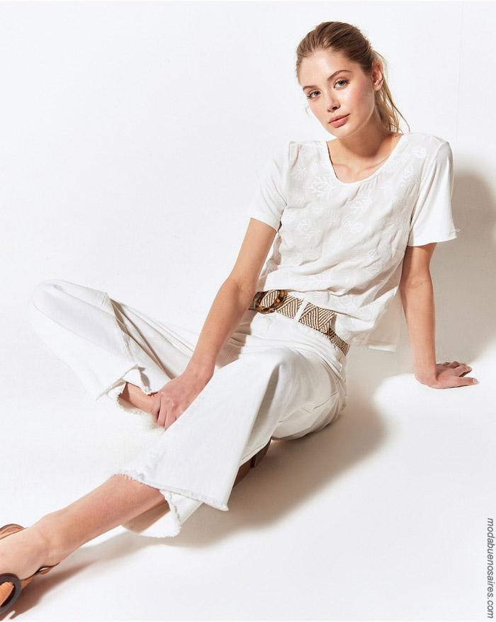 Remeras y pantalones primavera verano 2020 moda mujer 2020.