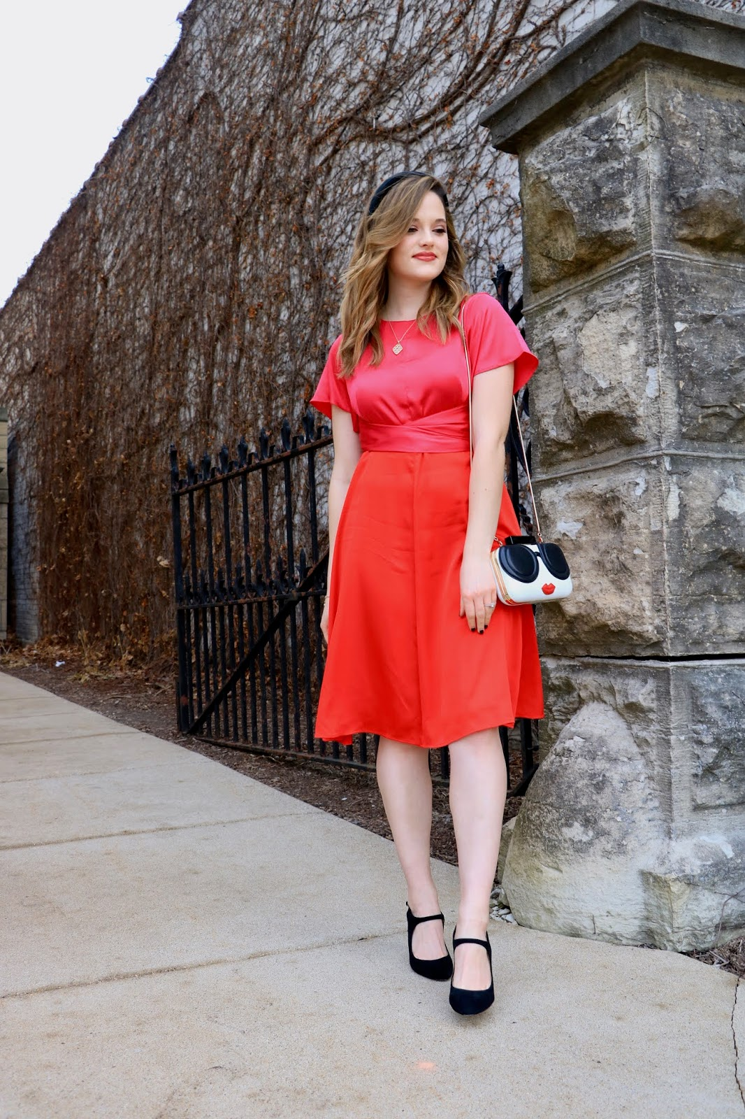 Nyc fashion blogger Kathleen Harper wearing a 2020 Valentine's Day outfit.