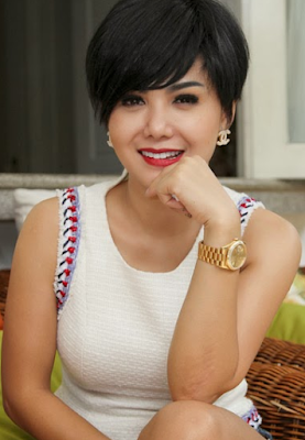 Yuni Shara Artis Indonesia yang berstatus Janda