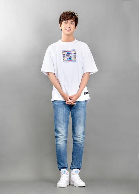phối áo thun nam với quần jean