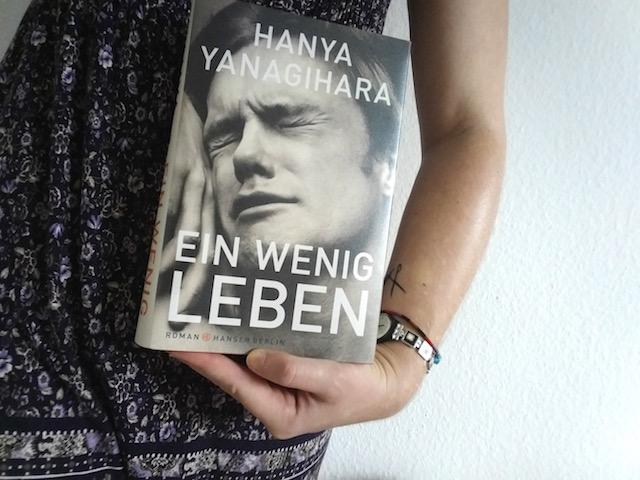 https://www.hanser-literaturverlage.de/themen/ein-wenig-leben