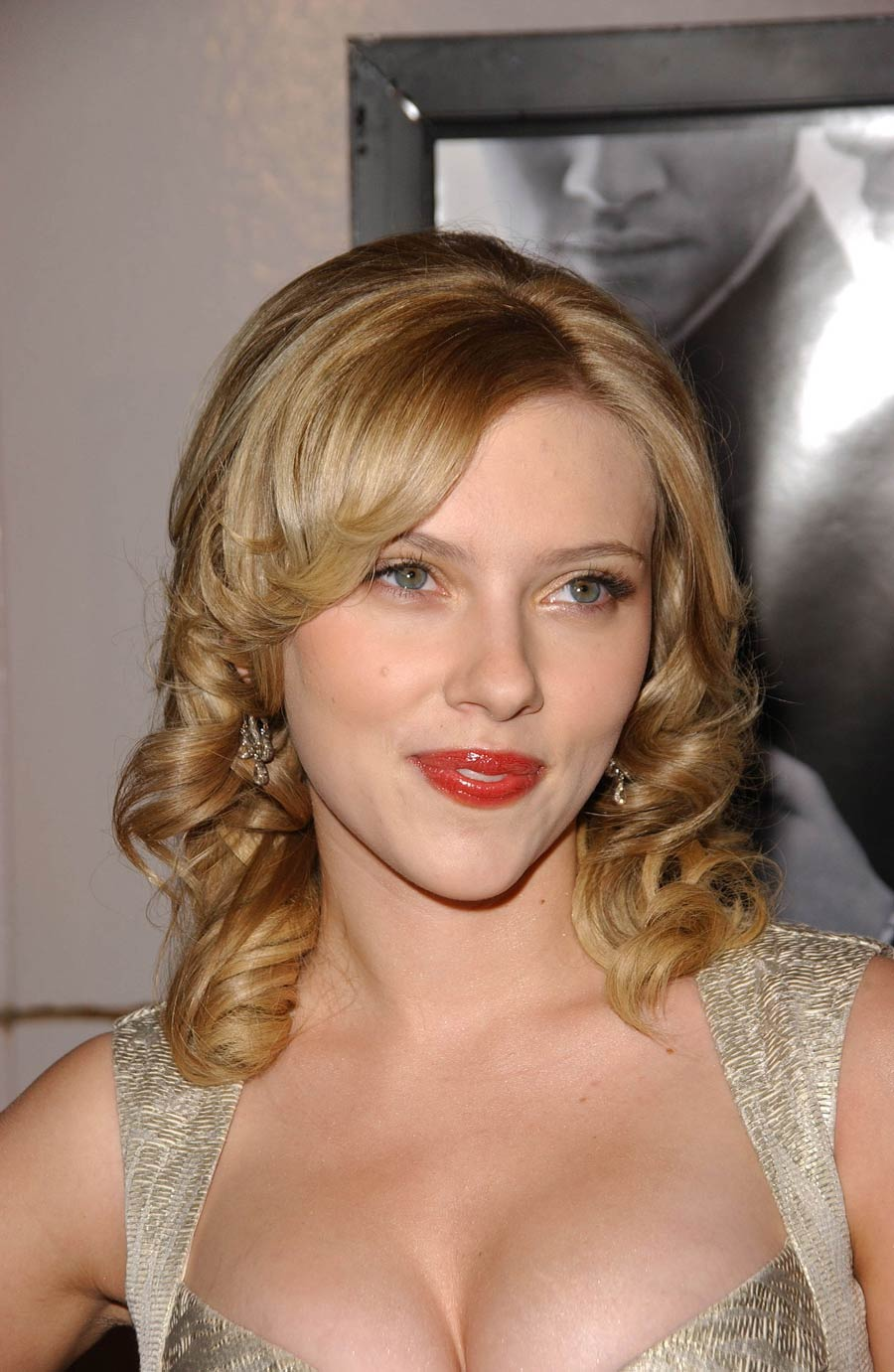 Scarlett Johansson Hot Sexy Images