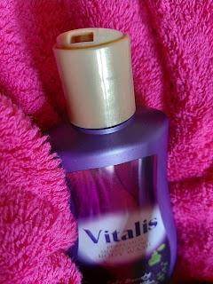 tutup vitalis body wash