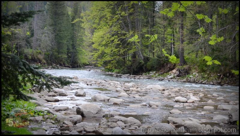 Горные реки в Карпатах