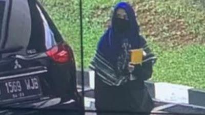 21 Jam Sebelum Serang Mabes Polri, Zakiah Aini Posting Bendera ISIS di IG
