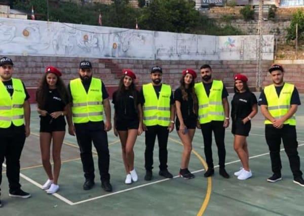 بالفيديو: فتيات بالشورتات ضمن شرطة بلدية برمانا في لبنان يشعلن مواقع التواص.!!