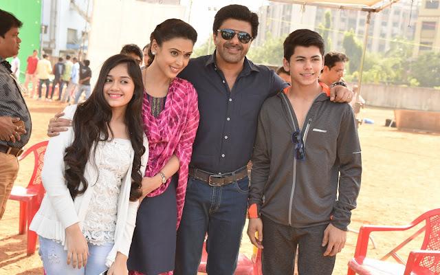3. Jannat Zubair, Hrishitaa Bhatt, Samir soni, and Siddharth Nigam
