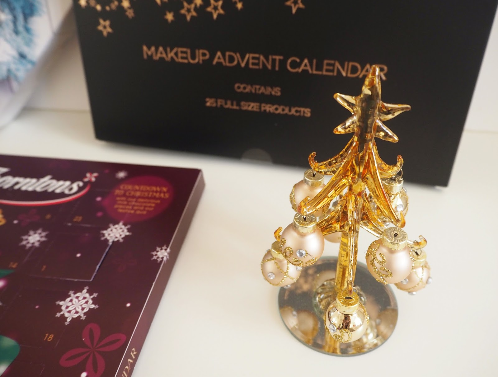 My Advent Calendars for 2016, Katie Kirk Loves, Beauty Advent Calendars, Make Up Revolution Advent Calendar, Yankee Candle Advent Calendar, Thorntons Advent Calendar, Advent Calendar Review, UK Blogger