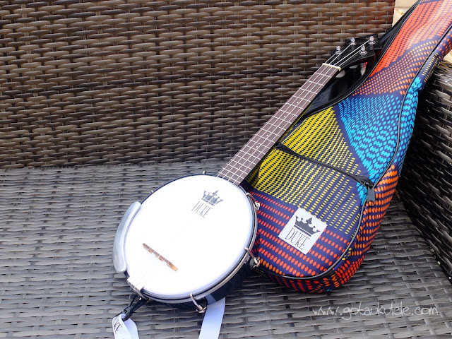 DUKE Banjouke ukulele and bag