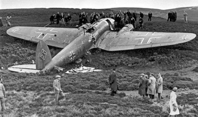 Luftwaffe Heinkel He 111 bomber worldwartwo.filminspector.com