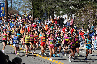Image: 2010 Boston Marathon - elite women, by JD (Kinchan1), on Flickr