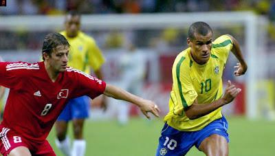 لاعب ريفالدو برازيلي