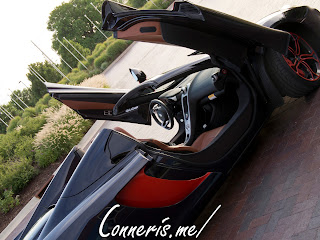 McLaren 12C Butterfly Doors Side Angle