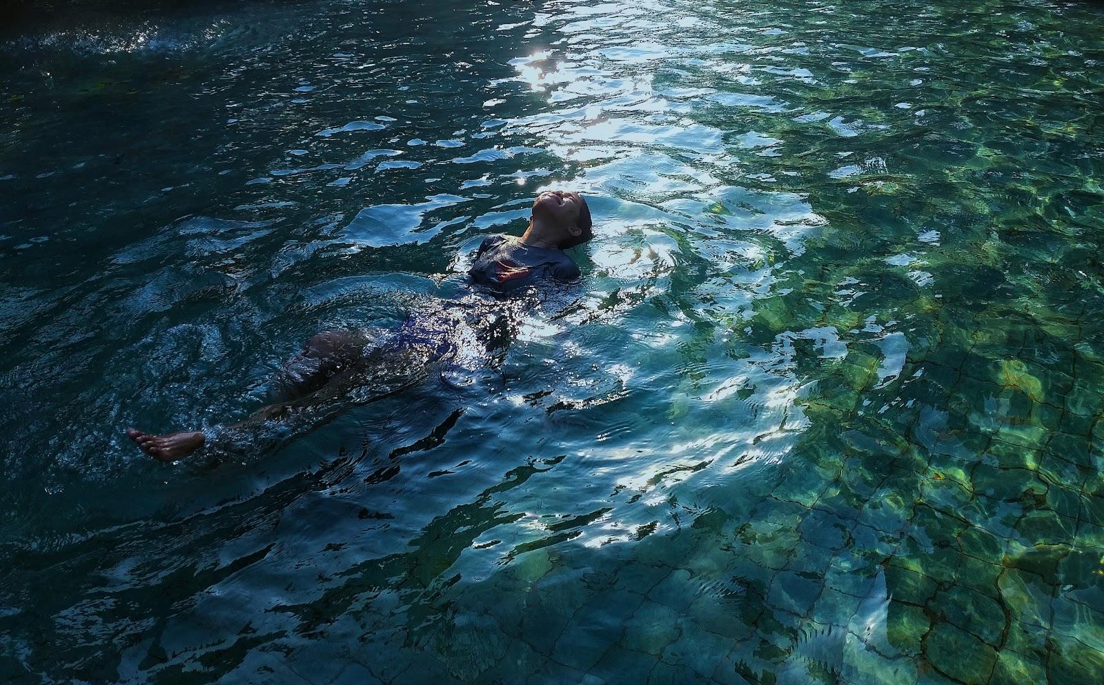 Menikmati libur akhir pekan diSuncity Waterpark Sidoarjo, Harga tiket masuk Rp 50.000 (weekend)