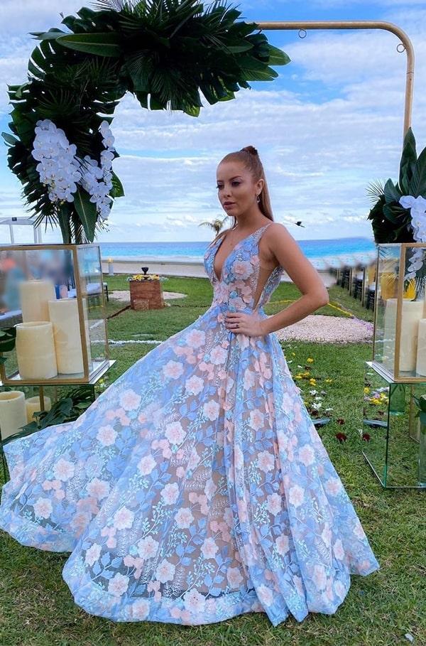 vestido de festa azul serenity rendado para madrinha de casamento