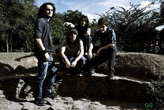 Zyc nace oficialmente en noviembre de 2009 bajo la iniciativa de Felipe Cabrera y Juan Pablo Restrepo, guitarra y bajo, en la ciudad de Medellín, Colombia.