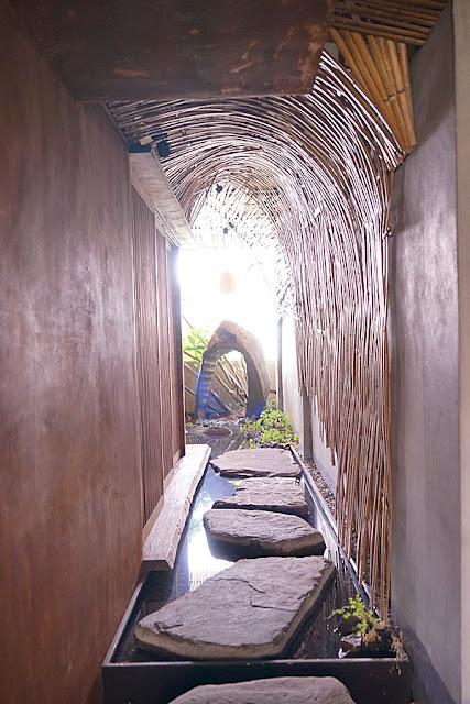 DSC04479 - 台中神秘景點│隱藏在城市中的世外桃源,瞧那藝人豬腳沒有藝人