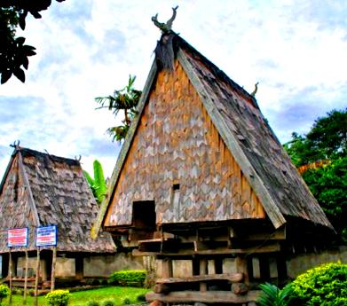 40 Gambar Sketsa Rumah Adat Sulawesi Tengah Terbaru Koleksi Gambar Rumah Terlengkap