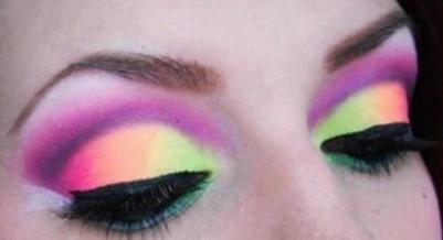 6716165b4 Belleza: tendencia primavera-verano, en maquillaje para ojos, sombras en colores  fluor o fluorescentes, fucsia, amarillo, verde, naranja, celeste, turqueza,  ...