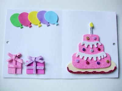 asi-queda-el-interior-de-la-tarjeta-de-cumpleaños-en-goma-eva