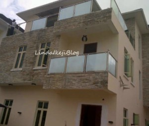 Omo Baba Olowo! Davido buys N140m house in Lekki [PHOTO